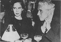 200px oona and charlie chaplin 1944
