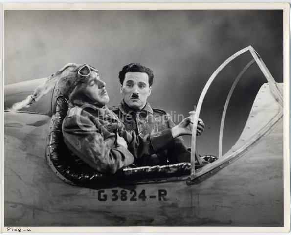 Reginald Gardiner and Chaplin in The Great Dictator