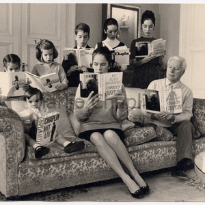 Chaplin family reading my autobiography copyright yves debraine midsquare
