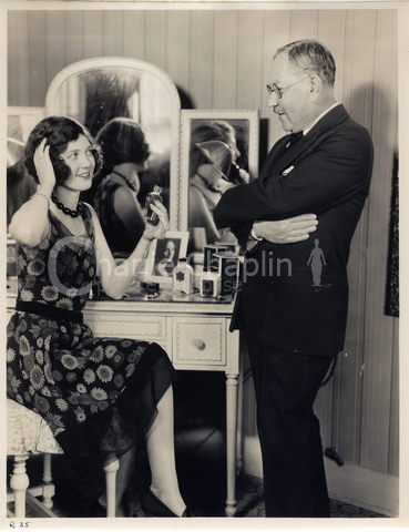 The circus r35 max factor and merna kennedy  big