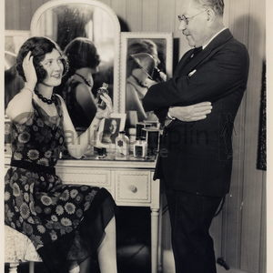 The circus r35 max factor and merna kennedy  midsquare