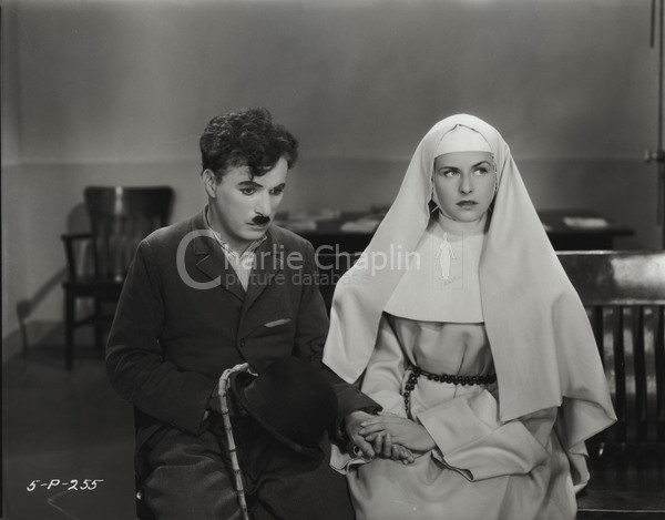 One ending envisaged for the film was that Paulette Goddard's character become a nun