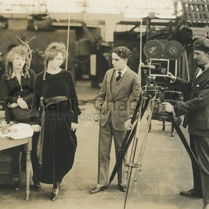 How to make movies set 1918 midsquare