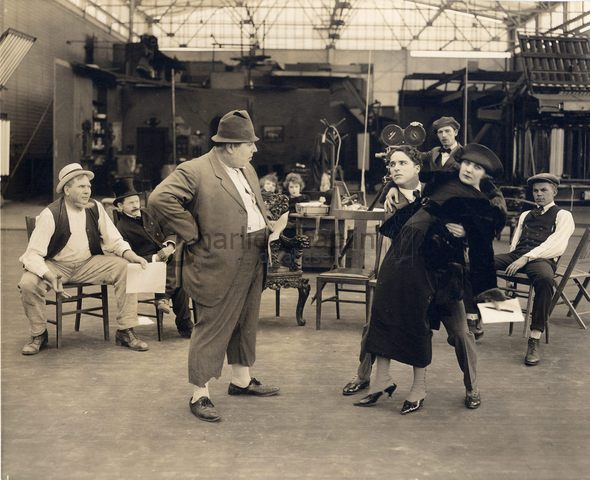 How to make movies chaplin and edna purviance big
