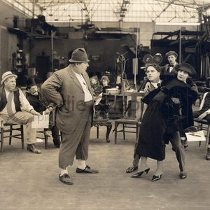 How to make movies chaplin and edna purviance midsquare
