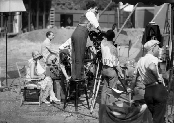 Chaplin sur le tournage du Cirque