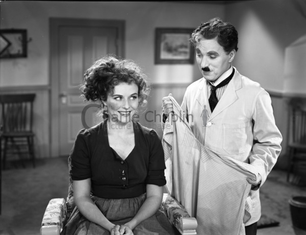 Paulette Goddard and Charlie Chaplin in The Great Dictator
