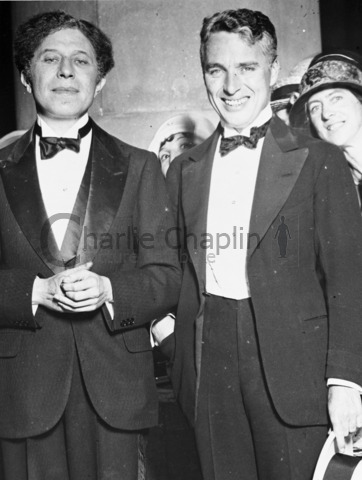 Sid Grauman and Charles Chaplin at the premiere of The Gold Rush