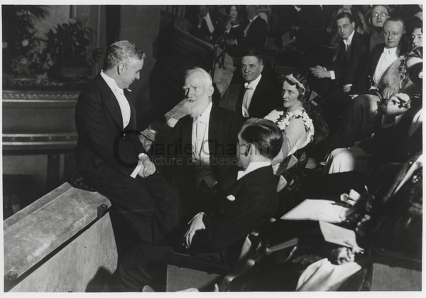 Chaplin and George Bernard Shaw at London's Dominion Theatre for the City Lights premiere