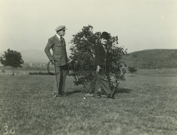 The Merry Walk on the golf course - The Idle Class (1921)