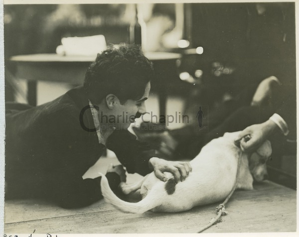 Chaplin and Mutt on the set of A Dog's Life